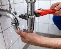 6 Reasons Why You Need a Plumber This Holiday Season